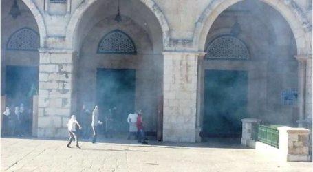 مواجهات عنيفة في باحات المسجد الأقصى