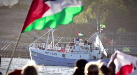 وقفة تضامنية مع أسطول الحرية وتواصل التنديد بالقرصنة الصهيونية