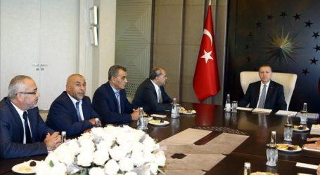 أردوغان يلتقي وفد الأعضاء العرب في الكنيست الإسرائيلي