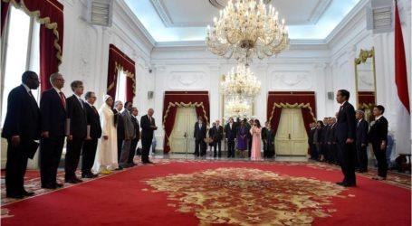 سفراء جدد يقدمون أوراق اعتمادهم إلى الرئيس