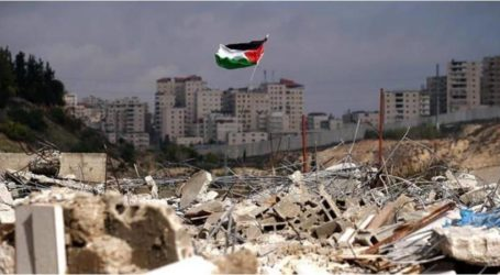 إسرائيل تخطر 50 عائلة فلسطينية بإخلاء مساكنهم في الأغوار