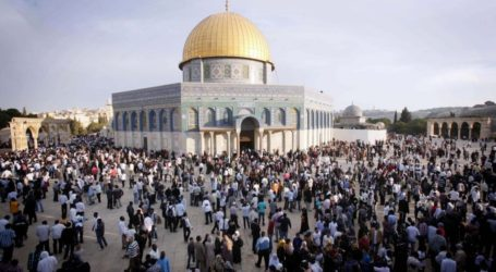 2059 مستوطنًا اقتحموا المسجد الأقصى بنوفمبر