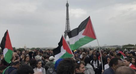 باريس.. متظاهرون يطالبون ماكرون بمعاقبة إسرائيل جراء مجزرة غزة