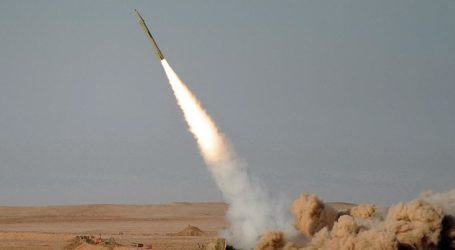 الحوثيون يطلقون صاروخين على أراضي السعودية