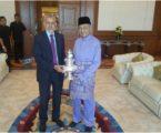رئيس الوزراء يستقبل السفير المغربي لدى ماليزيا