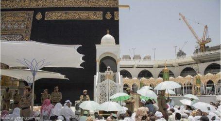إمام المسجد الحرام: التعامل مع وسائل الاتصال ينبغي أن تكون أكثر وعي