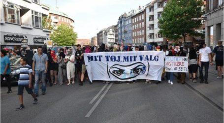 الدنمارك.. الآلاف يحتجون ضد حظر النقاب في الأماكن العامة