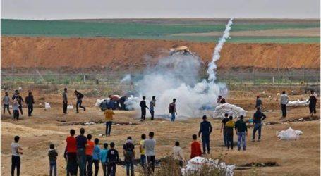 الجيش الإسرائيلي يُصيب 25 فلسطينيا قرب حدود غزة