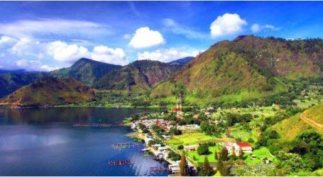 تطوير منطقة بحيرة توبا إلى وجهة سياحية عالمية في إندونيسيا