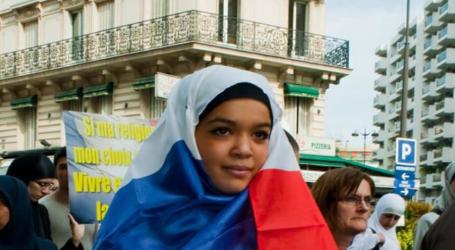 مسلمون فرنسيون يرغبون في الاستماع لرأيهم في خطة ماكرون