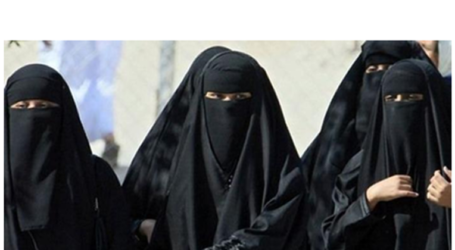 علماء الجزائر: النقاب ليس مشكلة في البلاد من أجل منعه