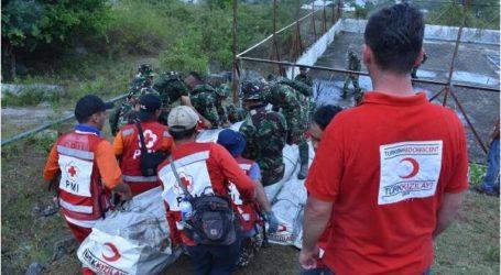 الهلال الأحمر التركي يرسل 250 خيمة لمتضرري زلزال إندونيسيا