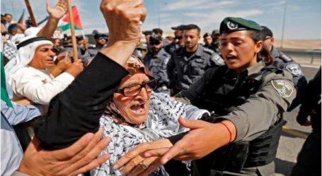 """إسرائيل تؤجل إخلاء """"الخان الأحمر"""" لفحص بدائل أخرى"""