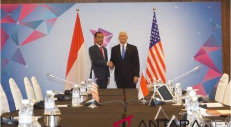 إندونيسيا والولايات المتحدة يناقشان قضايا التعاون الثنائي في سنغافورة