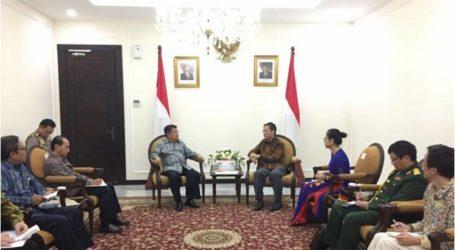 نائب الرئيس يوسف كالا يستقبل السفير الفيتنامي