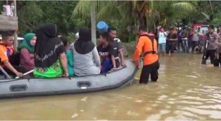 الفيضانات تغرق 4384 منزلا في 44 قرية في رياو جزيرة سومطرة