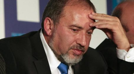 الفصائل: استقالة ليبرمان انتصار كبير للشعب الفلسطيني