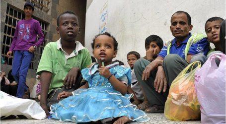 الأغذية العالمي يدعو للسماح بالوصول إلى مخازن غذاء بالحديدة اليمنية