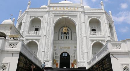 مسجد تاج محل الأندونيسي.. رمز لمحبة الله