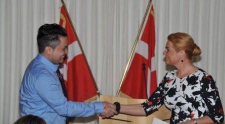 القرار موجه ضد المسلمين .. في الدنمارك.. الـ«مصافحة» إجبارية لمنح الجنسية