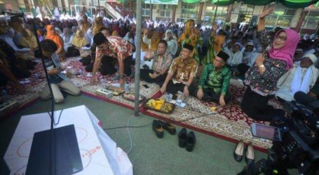 برنامج تلاوة القرآن الكريم في بوجور لإبعاد الطلاب عن وسائل الإعلام الاجتماعية