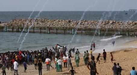 قوات الاحتلال تستهدف المشاركين في الحراك البحري شمال القطاع