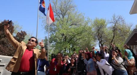 الجالية الأندونيسية في بكين تصوت لانتخابات في السفارة الإندونيسية