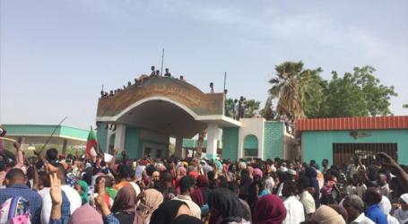 الجيش السوداني يجري مشاورات لتشكيل مجلس حكم انتقالي