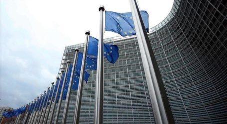 الاتحاد الأوروبي: قصف مخيم للنازحين بإدلب غير مقبول