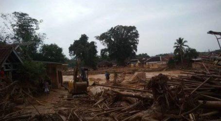 تضررت 18مدرسة إسلامية تابعة لـ ليباك  بانتن بسبب الفيضانات