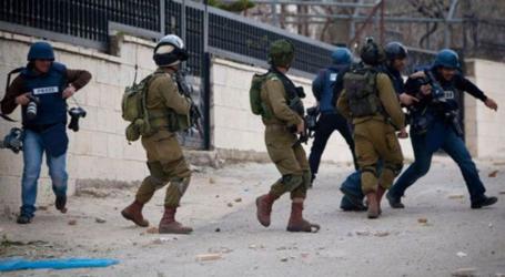 دعم الصحفيين: الاحتلال يرتكب 28 انتهاكاً بحق الصحفيين في يوليو