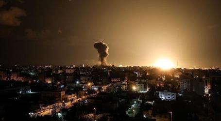 الجيش الإسرائيلي يشن غارات على مواقع بقطاع غزة
