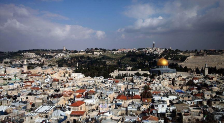 علماء فلسطين تحذر من اعتزام مستوطنين اقتحام المسجد الأقصى