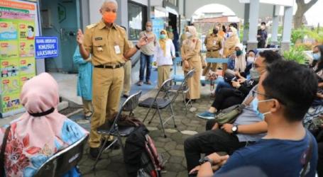الحاكم برانوو : سكان جاوة الوسطى يتدافعون للحصول على لقاحات