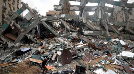 """غزة.. إسرائيل تحيل أحلام """"صحفي"""" إلى رماد (تقرير)"""