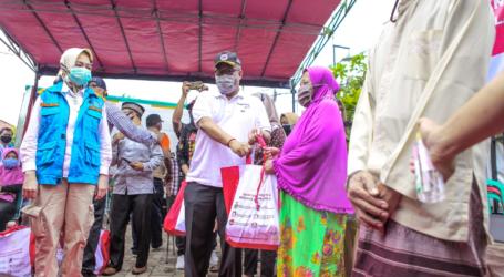 الوزارة توزع 46614 حزمة مساعدات اجتماعية