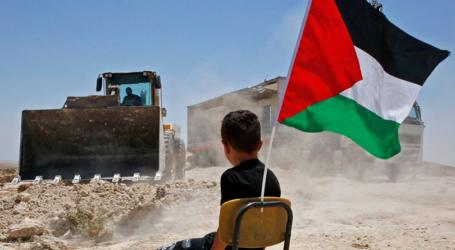 رئيس الوزراء الإسرائيلي يتعهد باستمرار الاستيطان في الضفة