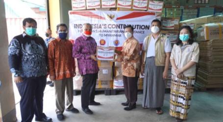 إندونيسيا تسلم مساعدات إنسانية إلى ميانمار