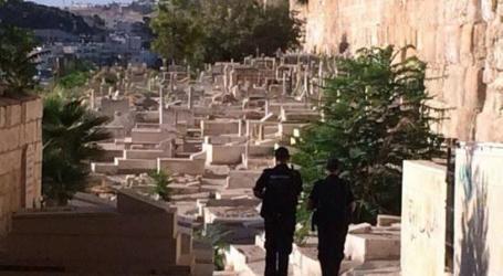 محكمة إسرائيلية ترفض طلبا فلسطينيا لوقف تجريف مقبرة ملاصقة للأقصى